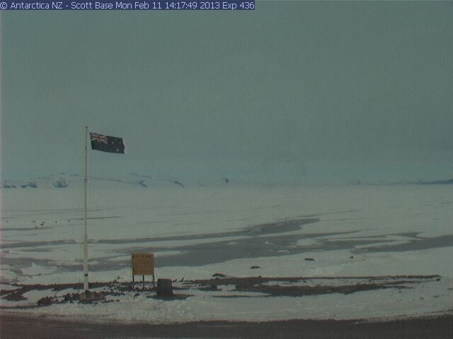 http://cam-earth.do.am/dir/antarctica_north_pole/antarctica/scott_base_webcam_at_scott_base/40-1-0-87