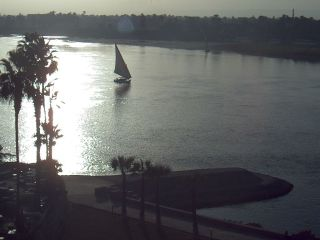 http://cam-earth.do.am/dir/africa/egypt/luxor_view_over_the_nile_river/49-1-0-117