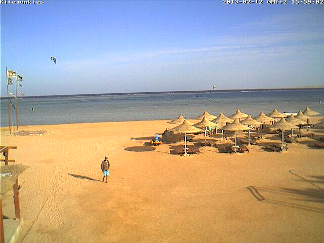 http://cam-earth.do.am/dir/africa/egypt/sharm_el_sheikh_kite_junkies_nabq_beach/49-1-0-120
