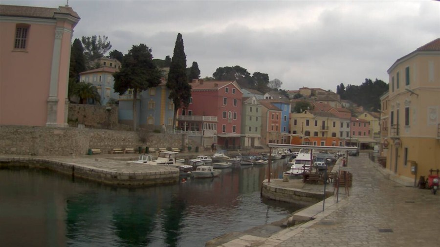 https://cam-earth.do.am/dir/europe/croatia/veli_losinj_port_of_veli_losinj/38-1-0-246