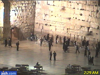 http://cam-earth.do.am/dir/asia/israel/jerusalem_live_western_wall/55-1-0-279