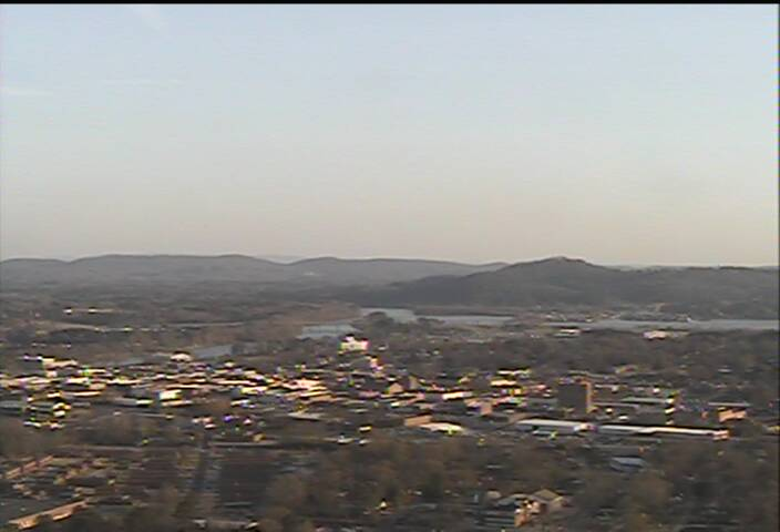 http://cam-earth.do.am/dir/north_america_usa/alabama/gadsden_weathercam/72-1-0-501