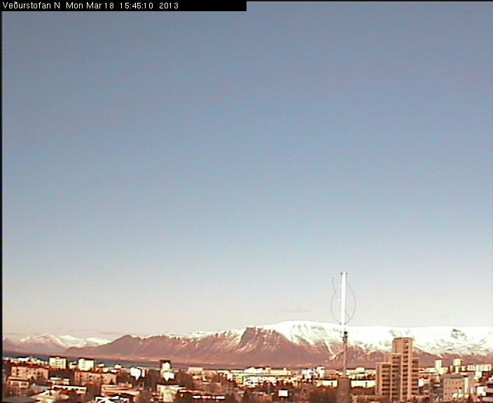 http://cam-earth.do.am/dir/europe/iceland/reykjavik_panorama_view/86-1-0-600