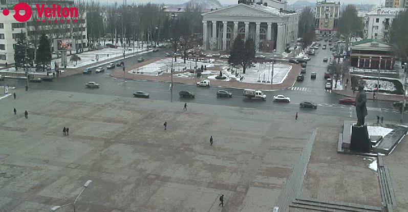 http://cam-earth.do.am/dir/europe/ukraine/donetsk_lenin_square/116-1-0-707
